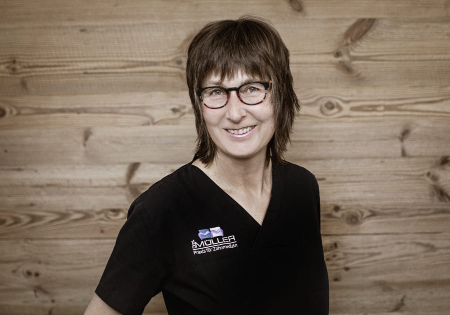 Claudia Steuper Mitarbeiterin der Praxis Dres Müller Rennerod
